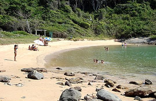 praia-de-ermitao-guarapari-es